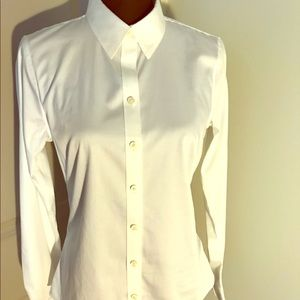 NWOT Crisp White Banana Republic Button Up Shirt
